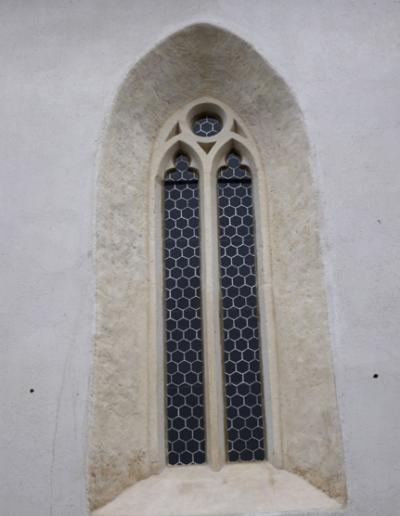 okno exteriér- stav po reštaurovaní