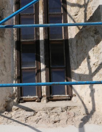 Spodná časť okna-exteriér-stav po očistení